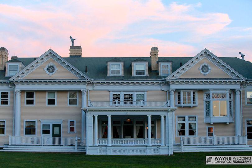 endicott estate outside house 2