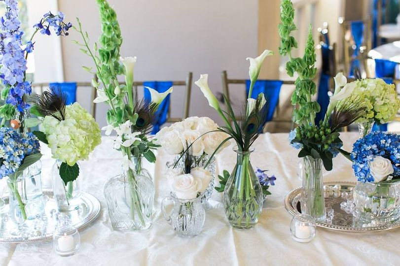 Bud vases table centerpiece