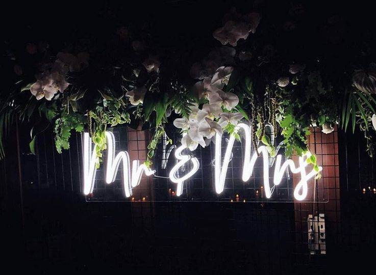 Mr & Mrs Neon Sign Rental.