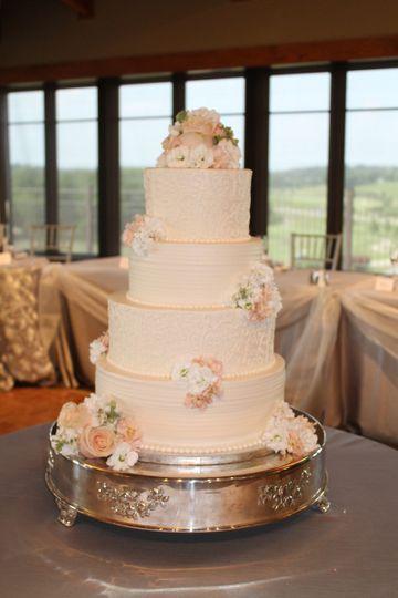 White cake