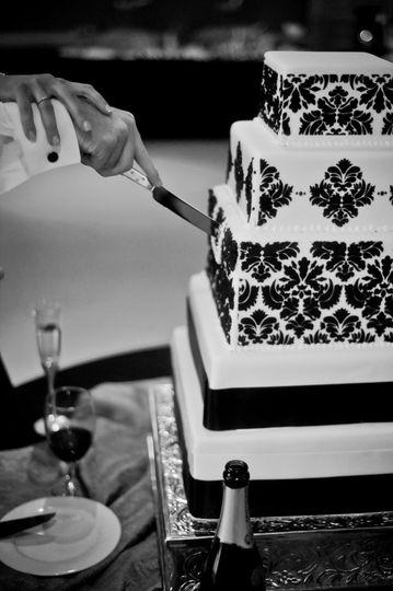 Damask Print Cake