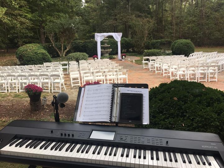 Wedding at Apple Blossom Inn