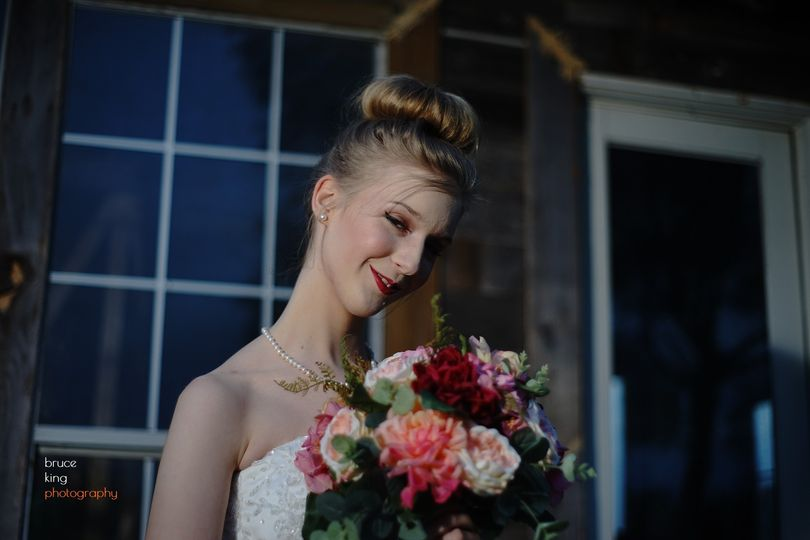 Bride with her bouquets