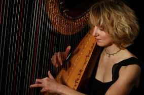 Leigh Brown Harpist