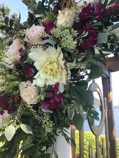 Arch floral details