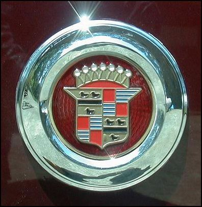 Cadillac logo on fender skirt