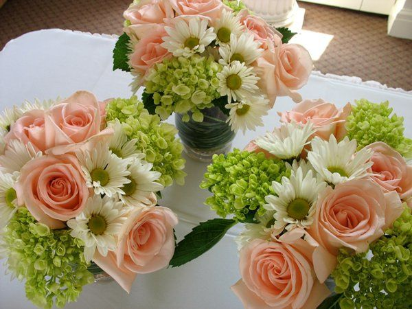 Spring Wedding Table Arrangements