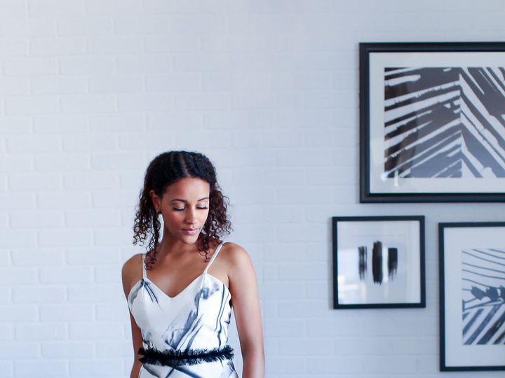 Tmx 1533343526 54c5dd71ac0db0a0 1533343524 9465850a9a2607d2 1533343513891 1 Hand Painted Weddi Chico wedding dress