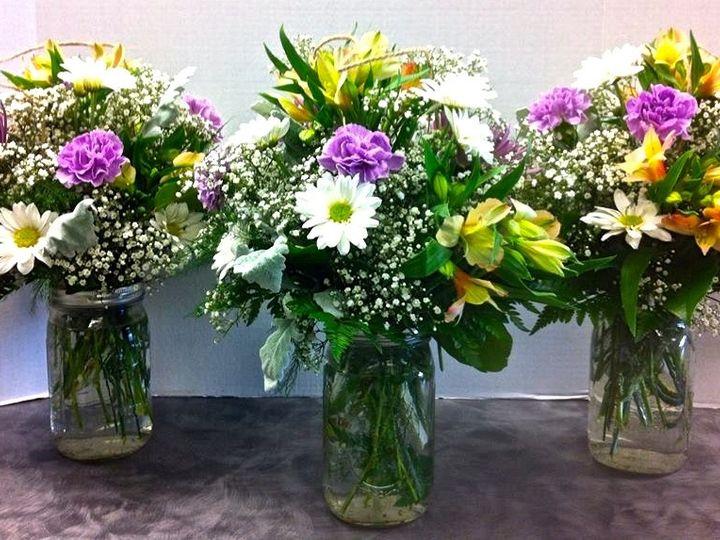 Tmx 1443721535426 1016120554951827901173328157891n Rochester, New York wedding florist