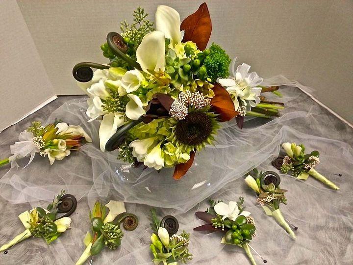 Tmx 1443721615930 1947642703394756390212347087638n Rochester, New York wedding florist