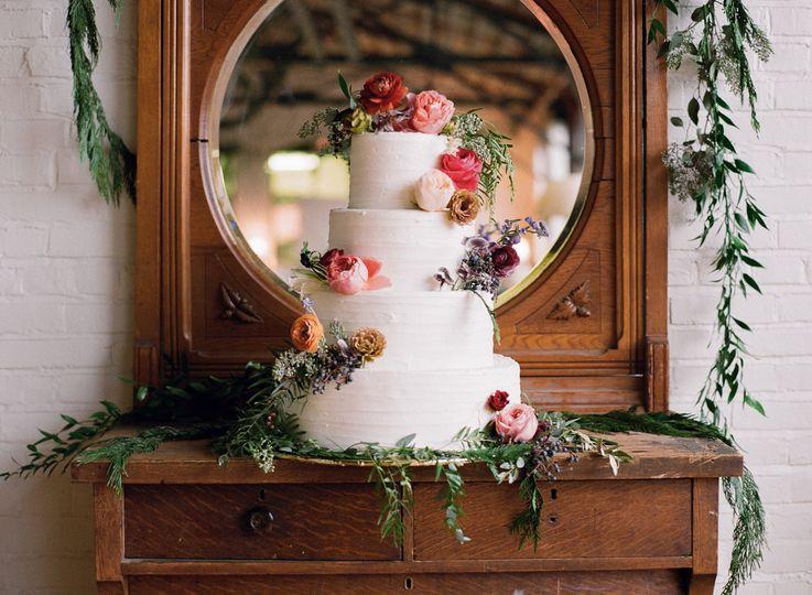 Martha's Best 25 Wedding Cakes