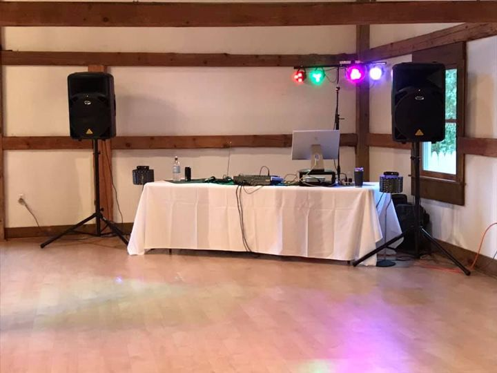 Tmx Set 51 1005977 159967351768028 Rochester, NH wedding dj