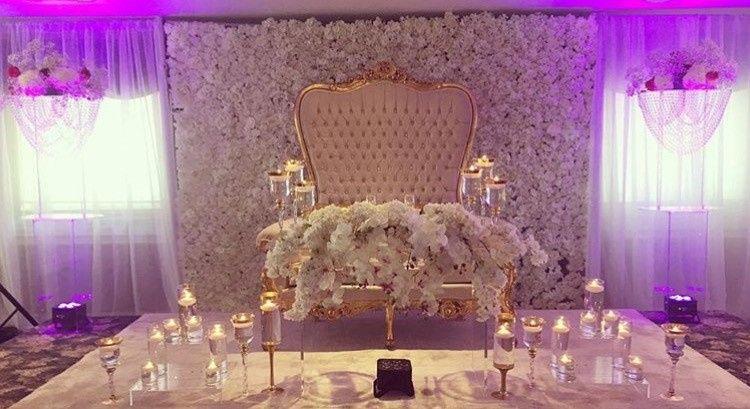 Couple wedding seat
