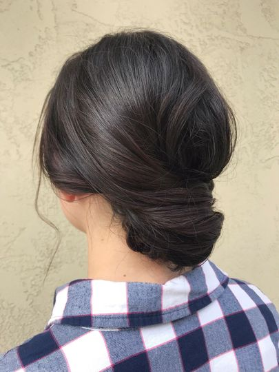 Sophisticated and simple updo