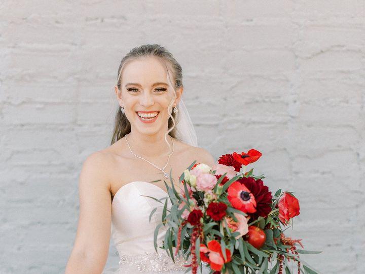 Tmx Applethemedxoandfettiphotography 66 51 1916977 160496346888832 San Marcos, CA wedding beauty