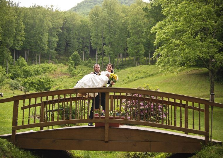 Couple photo on a bridge