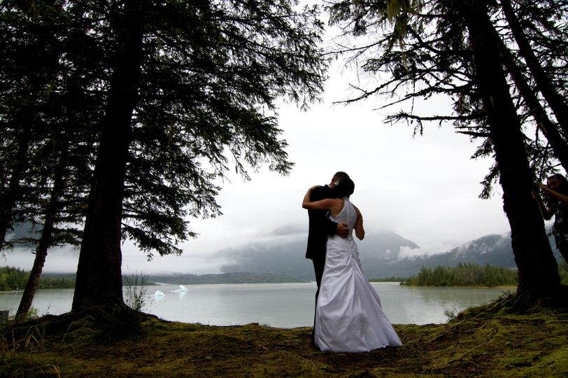 Couple kiss Wilderness venue