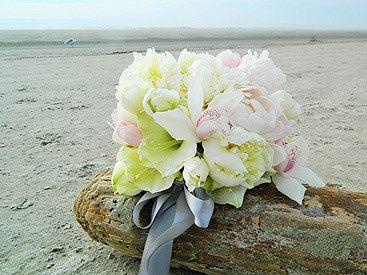 bouquet beach
