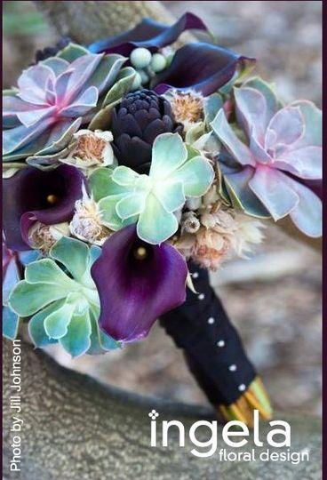 Purple bouquet with succulents