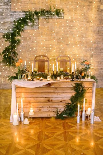 Holiday inspired wedding