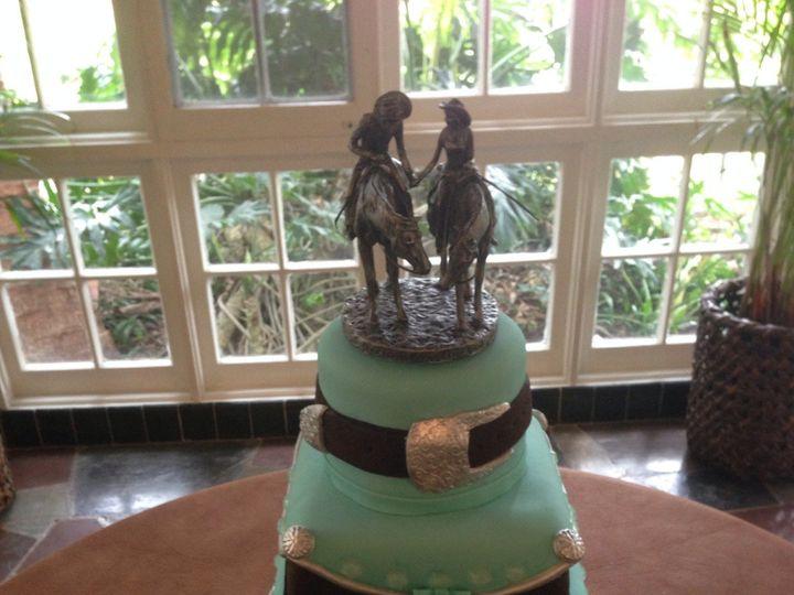 Tmx 1468269282791 1016861410152810308006549403586871o Harlingen wedding cake