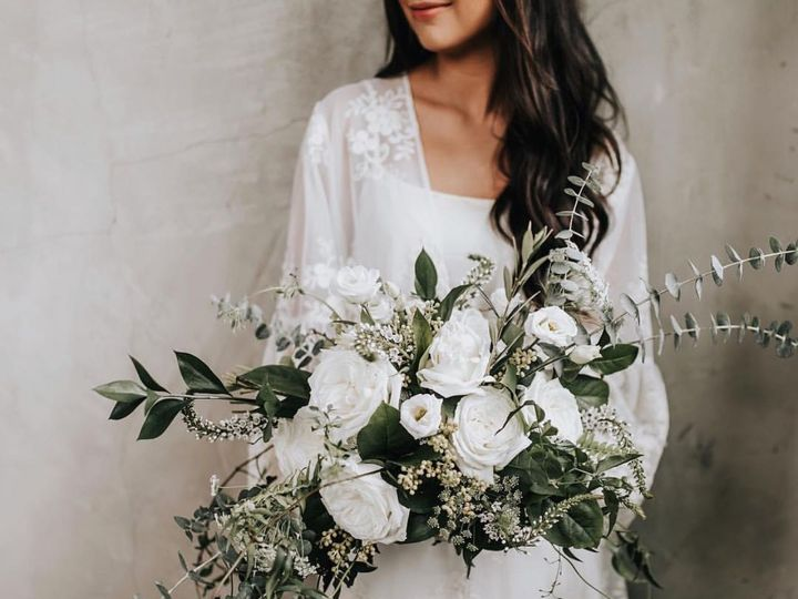 Tmx 1522386665 2c22f59554eacc60 1522386664 53a24f33f5d4ff9f 1522386663590 3 FullSizeRender 141 Chickamauga, GA wedding florist
