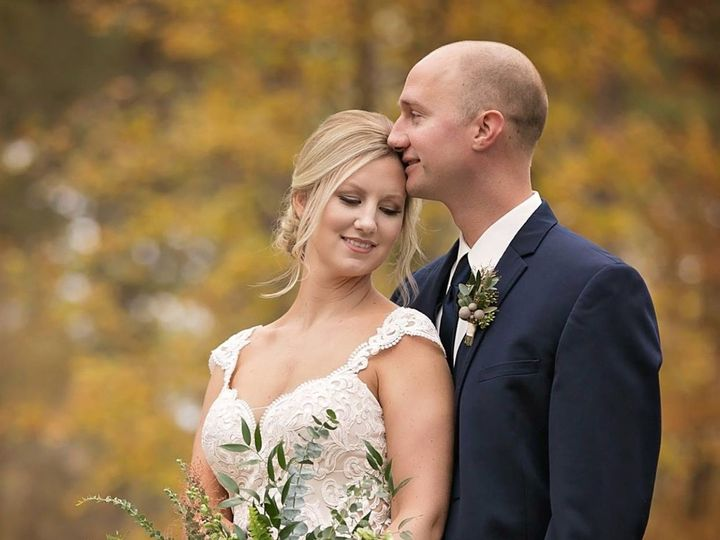 Tmx 1522386686 Fcc8ad7361aaedbe 1522386685 93dbad5ea5f69ceb 1522386685280 4 FullSizeRender 129 Chickamauga, GA wedding florist