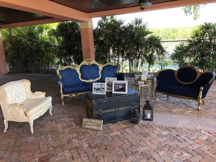 Vintage living lounge
