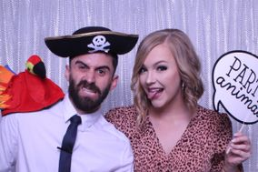 Mirrored Memories Photo Booth