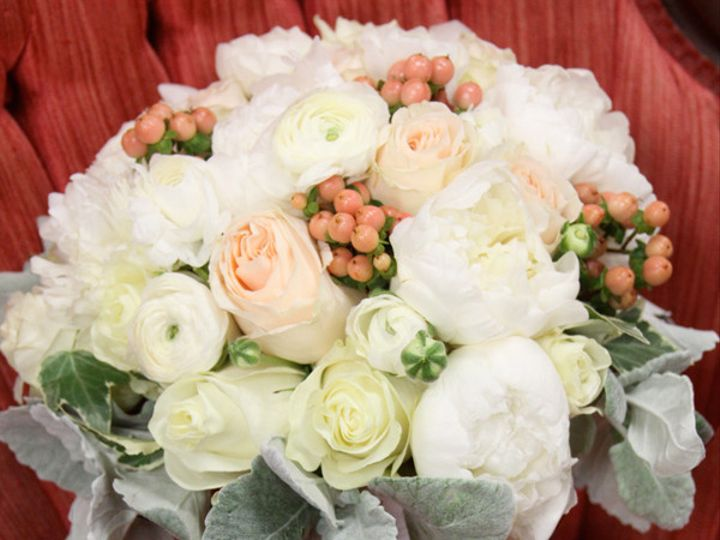Tmx 1393375415456 Whitepeachemil Virginia Beach, Virginia wedding florist