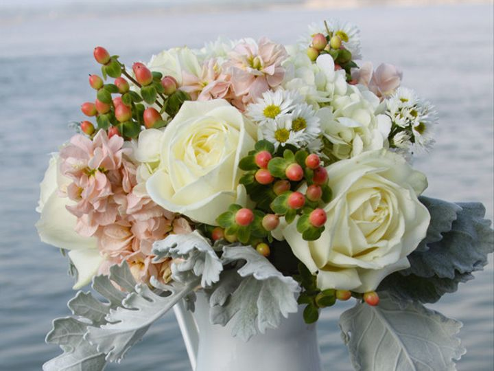 Tmx 1393522433196 Pitcherwhtpeac Virginia Beach, Virginia wedding florist