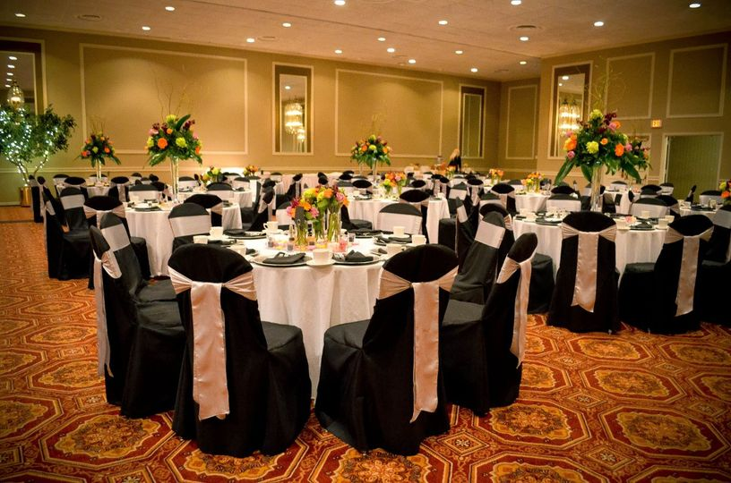 Black Banquet Chair Covers & Silver Satin Sashes