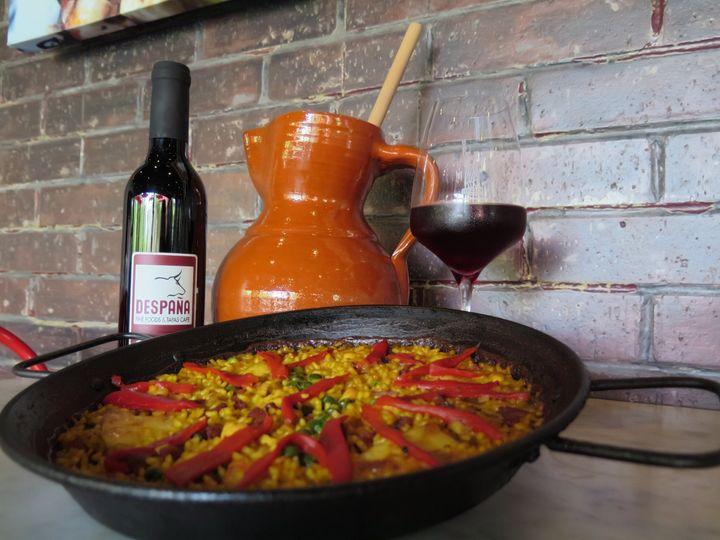 paella and wine 7
