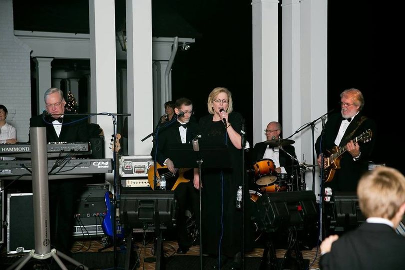 Pure Platinum Band at a wedding reception in December 2014.