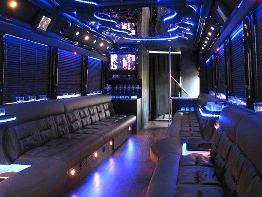 30 passenger limousine coach