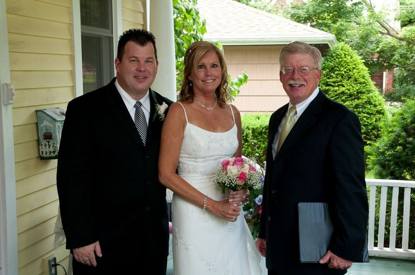 Couple with Thomas Lang Retired Judge & Wedding Minister