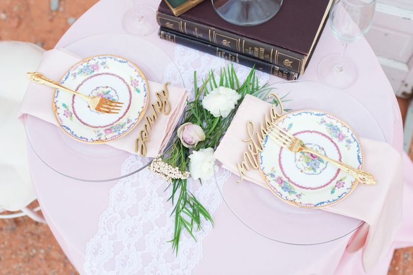 Cute Sweetheart table in pink