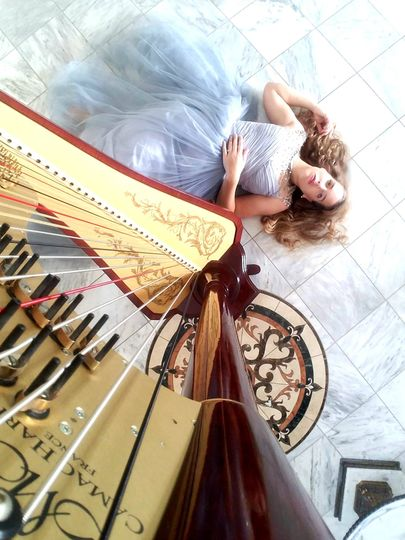 Harpist, Nichole Rohrbach