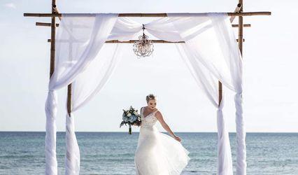 Ici's Wedding Event Rentals