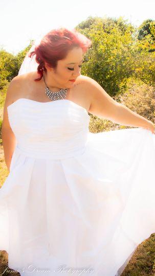 Fan the dress