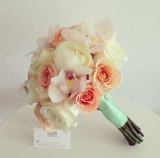 rosas y cymbidium2