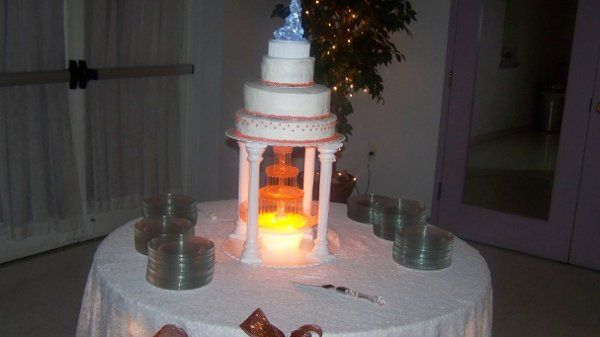 Tmx 1226371395196 Cake%26Fountain100 1243 Hayes wedding catering