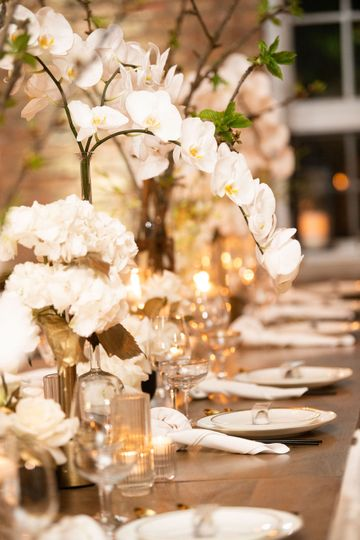 Modern, Chic Tablescape