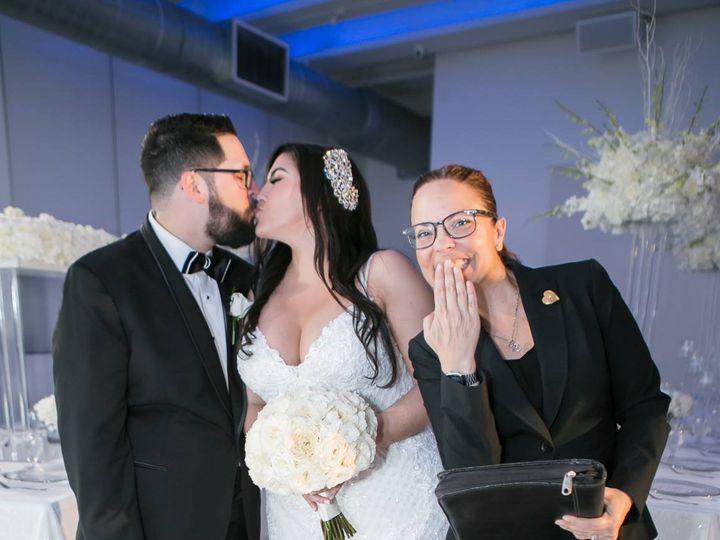 Tmx 30713935 10213894575611570 4533388360894382080 N 51 543187 157913438437364 Miami, Florida wedding officiant