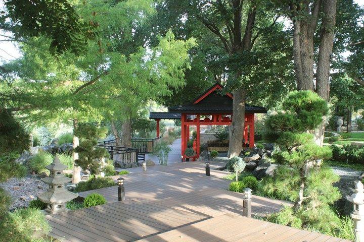 Quaint Japanese gardens