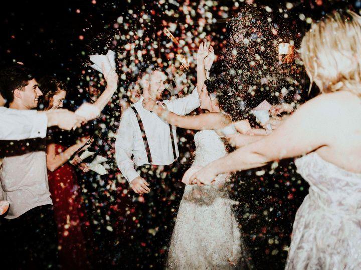 Tmx 1522724217 C5796f4858919b46 1522724214 Ee2a89e7c3765157 1522724166838 96 1366  1  Raleigh, NC wedding photography