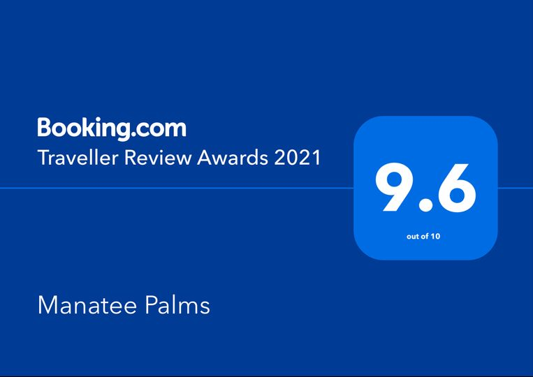 Bookings.com Review Award
