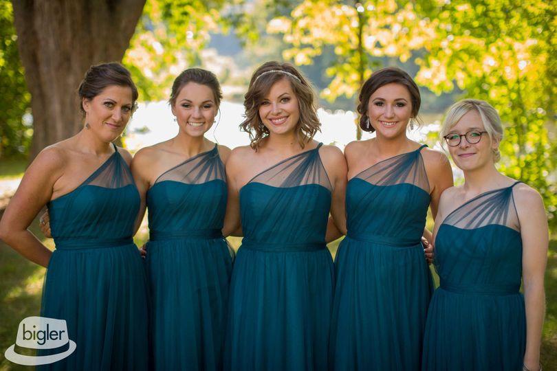 bridal jenas attendants color