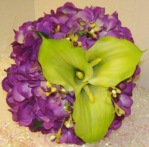 Tmx 1320296660149 Purplehydrangbride Knoxville wedding florist