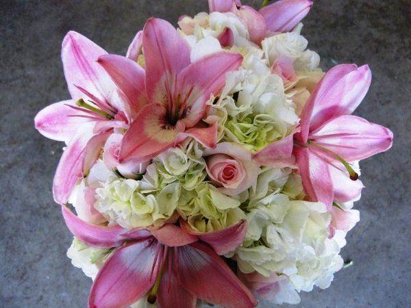 Tmx 1320297297535 Pinklilyroseandhydrangeabouquet Knoxville wedding florist